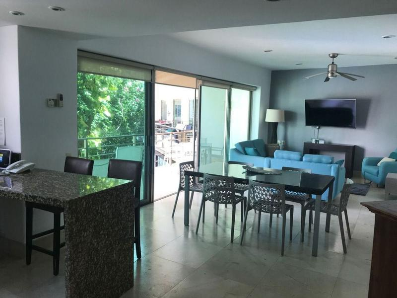 VENDO DEPARTAMENTO VIA 38 PLAYA DEL CARMEN