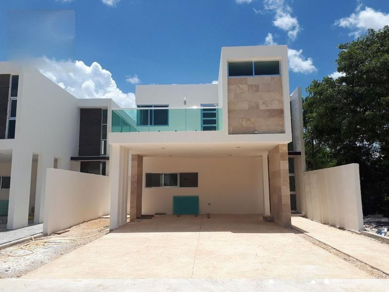 VENTA DE RESIDENCIA EN PARQUE CENTRAL PRIVADA ROBLE